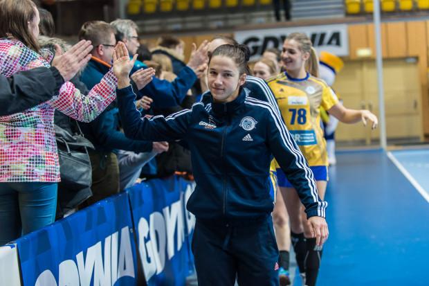 W kilku ostatnich meczach Magdalena Stanulewicz nie podnosiła się z ławki rezerwowych. Na mecz z Perłą Lublin w ogóle nie pojechała.