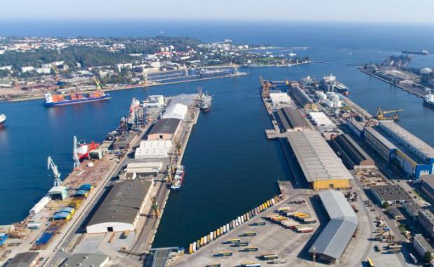 Po zawarciu umowy Vistal nadal będzie wykorzystywał nabrzeże, ale w formie dzierżawy.