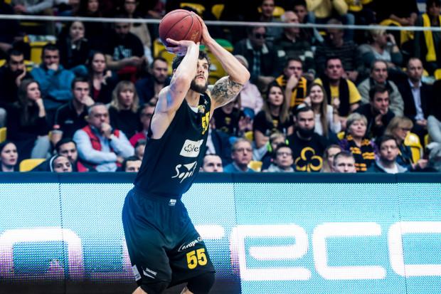 Artur Mielczarek dokonał wyjątkowej rzeczy, zdobywając w trzeciej kwarcie 12 punktów z rzędu dla Trefla Sopot.