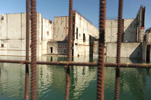 Po poprzednich planach budowy elektrowni jądrowej pozostały nam ruiny nad Jeziorem Żarnowieckim. Nowy program budowy kosztował nas już 182 mln zł. Czy pieniądze znów pójdą na marne?