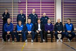 Sztab trenerski, koszykarze i władze Asseco Prokomu, a także Polski Związek Koszykówki wspierają gdyński projekt skierowany do młodzieży. Prezes Bachański na zdjęciu trzeci z prawej.