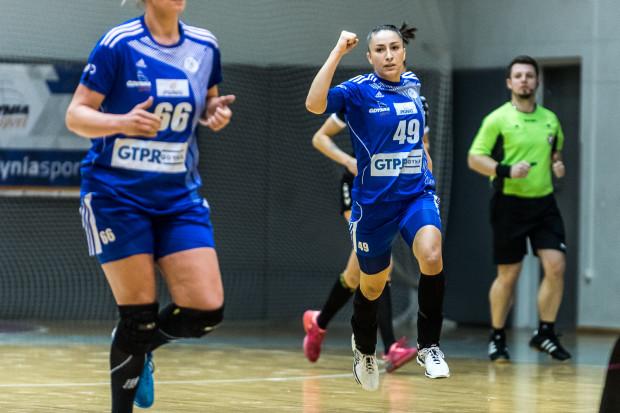 Patricia Machado-Matieli i jej koleżanki cieszyły się w Szczecinie z drugiej wygranej z rzędu w PGNiG Superlidze, w górnej szóstce.