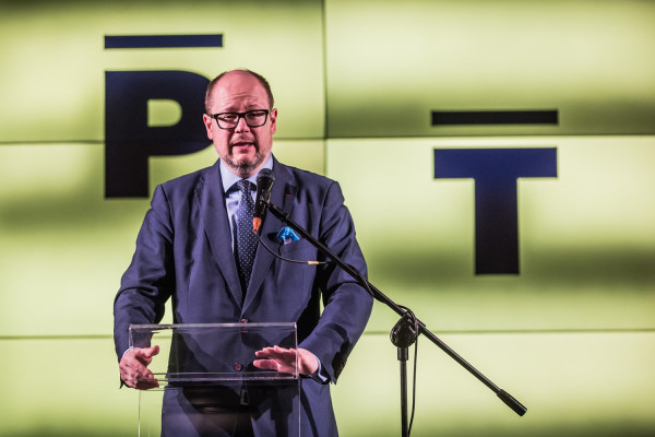 Prezydent Adamowicz odrzucił propozycję Nawrockiego, a Rada Miasta przekazała Westerplatte w formie darowizny na rzecz Muzeum Gdańska.