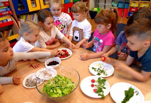 Warsztaty kulinarne z Aleksandrą Spychalską z Poradni Dietetycznej Jedzenie Jak Leczenie.