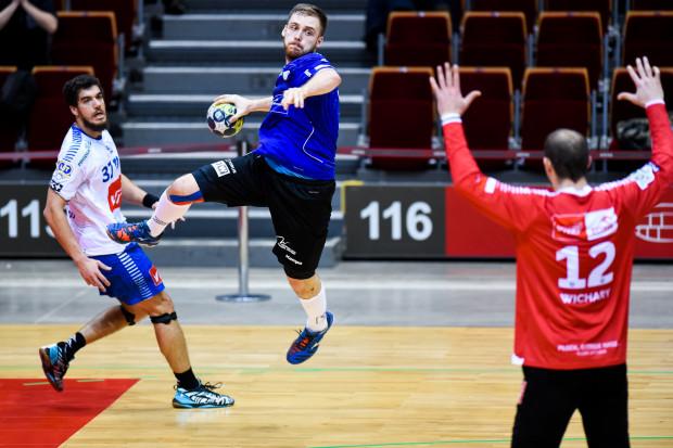 W grudniu Wybrzeże podejmowało Orlen Wisłę w Ergo Arenie. Teraz mecz rozegrany zostanie w hali AWFiS.