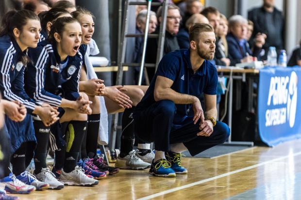 Trener Marcin Markuszewski przyznaje, że obecny skład nie daje mu żadnego pola manewru.