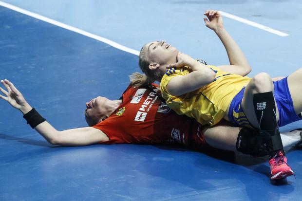 Piłkarki ręczne GTPR Gdynia zostały sprowadzone do parteru w Lubinie. Na zdjęciu Katarzyna Janiszewska, jedna z pięciu kadrowiczek w zespole abdykującego mistrza Polski.