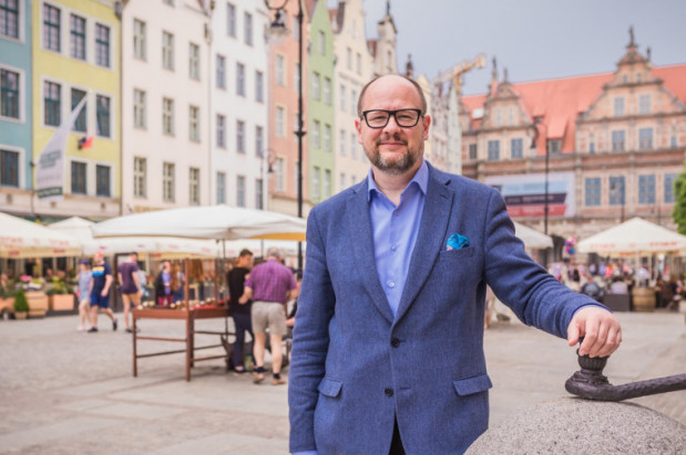 Paweł Adamowicz ubiega się o swoją szóstą kadencję w fotelu prezydenta Gdańska. Startuje z własnego komitetu wyborczego, choć wcześniej był członkiem PO.