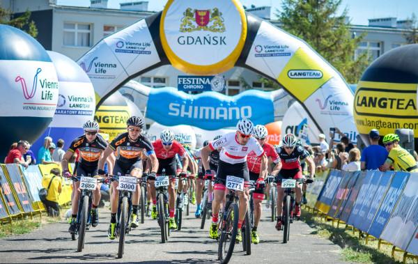 Prezydent Gdańska, Paweł Adamowicz zaprasza na kolarski weekend z imprezami Czesława Langa. W sobotę wystartować można w wyścigu szosowym, zaś w niedzielę w terenowym.