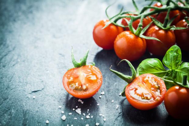 Jeśli chcielibyśmy się wyzbyć wszystkich E ze swojej diety, musielibyśmy unikać pomidorów, curry, jagód i innych produktów, które te dodatki dostały w genach.