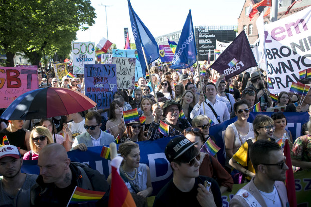 O godz. 15, spod Teatru Szekspirowskiego przy ul. Bogusławskiego wyruszy Marsz Równości. Jego uczestnicy przejdą na teren stoczni.