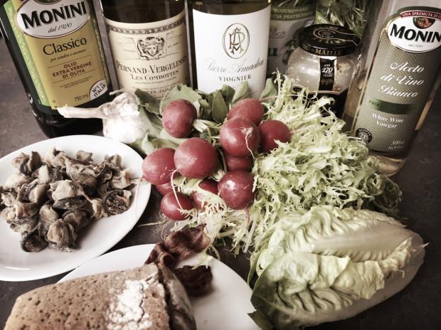 Najszybsze ślimaki świata mają się dobrze w towarzystwie ciekawej sałaty i idealnie dobranego wina. Zwolnijcie na chwilę i zacznijcie czerpać radość ze wszystkich darów natury, życie zbyt szybko ucieka przez palce - zachęca Kamil Sadkowski.