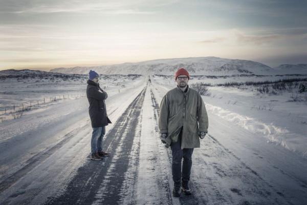 Nanook of the North to wspólny projekt Stefana Wesołowskiego i Hatti Vatti, który łączy ich pasje do klawiatury fortepianowej oraz komputerowej przy zachowaniu własnych tożsamości.