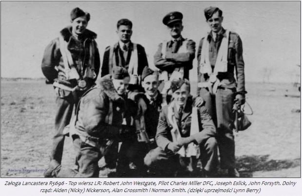 Zdjęcie załogi brytyjskiego bombowca, który rozbił się w lesie we Wrzeszczu 11 lipca 1942 roku. Fotografia została udostępniona przez krewną jednego z lotników.