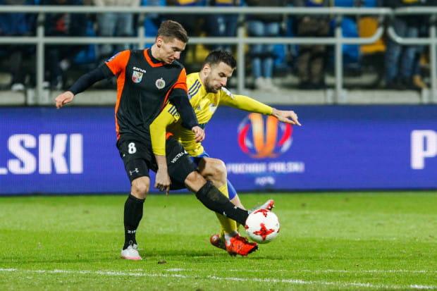 Karol Danielak do Arki Gdynia był przymierzany już na rundę wiosenną 2016 roku, ale wówczas trafił do Zawiszy Bydgoszcz, gdzie trenował pod okiem Zbigniewa Smółki.