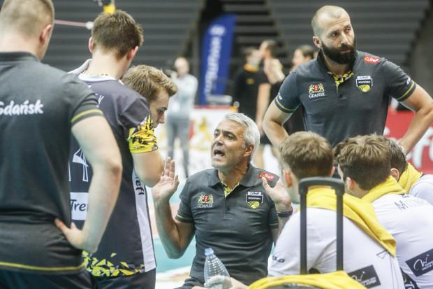 Trener Andrea Anastasi nie zabierze już siatkarzy do szatni pomiędzy drugim i trzecim setem. PlusLiga zlikwidowała 10-minutową przerwę pomiędzy partiami.