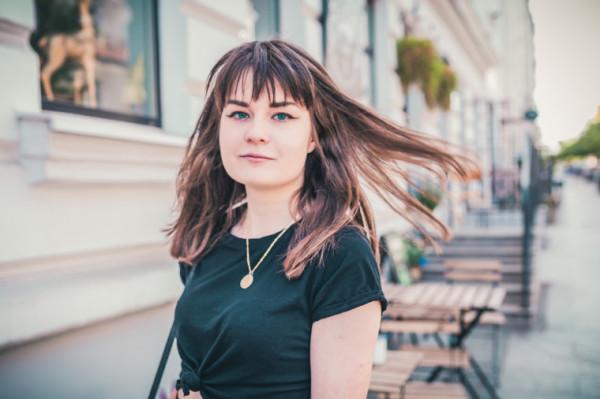 Karina Jankowska, rówieśniczka Trojmiasto.pl. Jej pasja to pisanie: pisze ciągle i wszędzie. Ale zawodowo chciałaby projektować interfejsy i drony z wykorzystaniem sztucznej inteligencji.