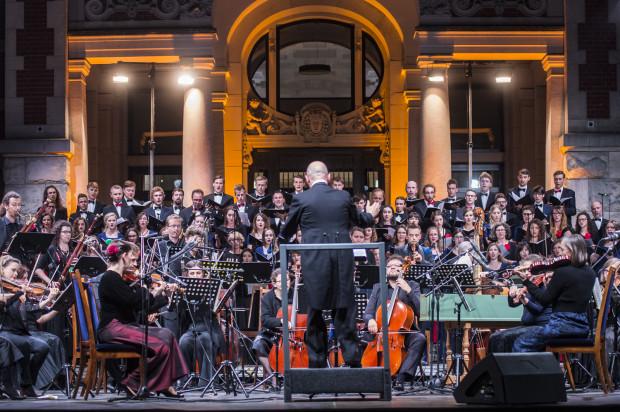 W programie znalazła się muzyka G. F. Haendla w wykonaniu Gdyńskiej Orkiestry Kameralnej Sinfonia Nordica, Akademickiego Chóru Politechniki Gdańskiej oraz Akademickiego Chóru Politechniki Krakowskiej Cantata pod dyr. Mariusza Mroza.