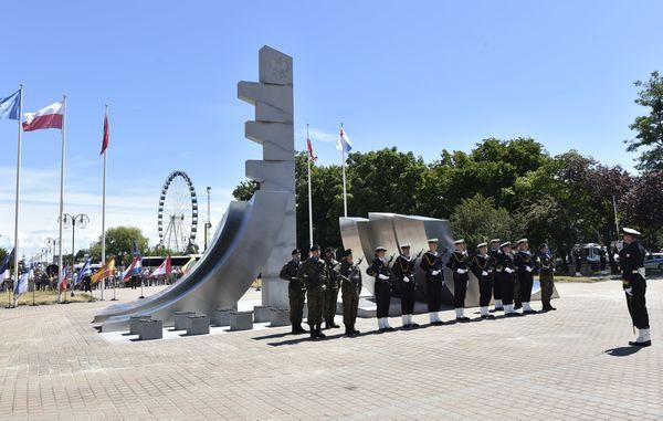 Odsłonięcie pomnika Polski Morskiej było jednym z elementów odbywających się w Gdyni Święta Morza i Święta Marynarki Wojennej.