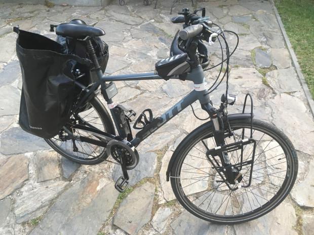Rower, który został skradziony na ul. Szczecińśkiej, z całym wyposażeniem jest wart 3,9 tys. zł.