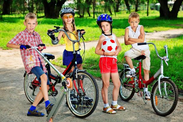 W niedzielę na gdańskim stadionie zaroi się od rowerów, hulajnóg i wózków. Liczba uczestników rodzinnych wyścigów przekroczyła już setkę.