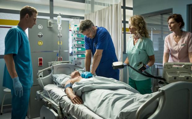 """""""Diagnoza"""" w telewizji gości od ponad roku i okazała się być serialowym """"strzałem w dziesiątkę"""" TVN. Każdy z ponad 20 dotychczasowych odcinków śledziło około dwóch milionów widzów. Teraz, w nowej serii, zobaczą oni m.in. plenery Gdańska."""