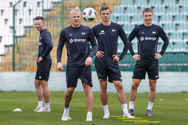 Piłkarze Lechii w Opalenicy przebywać będą do soboty. Do Gdańska wrócą na ostatnie dwa tygodnie przygotowań do sezonu. Na zdjęciu od lewej: Rafał Wolski, Daniel Łukasik, Patryk Lipski i Jakub Arak.