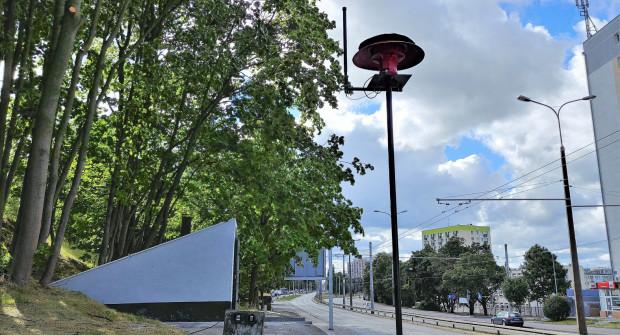 Syrenę można już oglądać obok schronu przy ul. Morskiej.