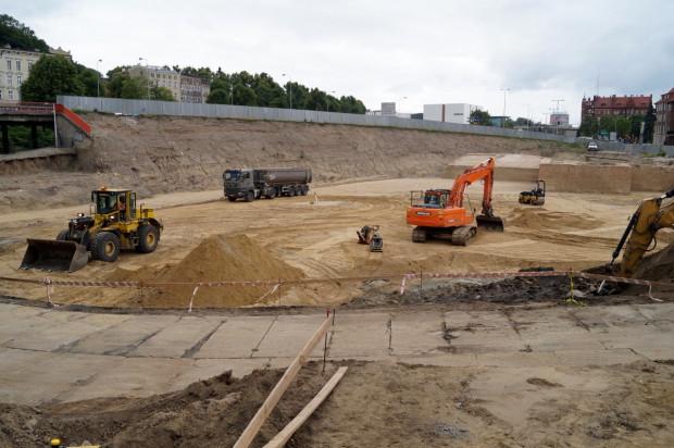 Zakończenie całej inwestycji planowane jest w lipcu przyszłego roku. Nz. teren przyszłego parkingu.