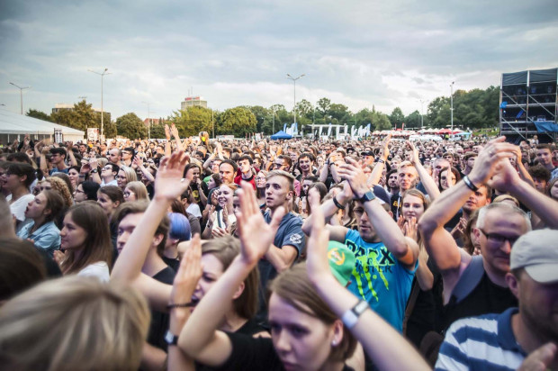 Festiwal Gdańsk Dźwiga Muzę to trzy dni koncertów na placu Zebrań Ludowych.