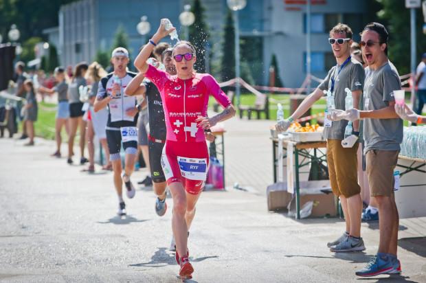 Szwajcarka Daniela Ryf ustanowiła w Gdyni rekord świata w Ironmanie 70.3.