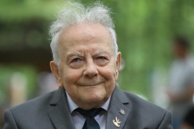 Prof. Andrzej Januszajtis w sobotę będzie obchodził 90. urodziny.