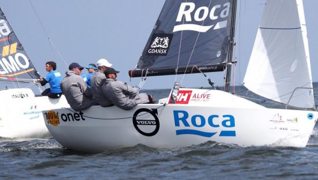 77 racing sailing team w mistrzostwach świata wygrał 6 z 9 wyścigów, pewnie sięgając po złoty medal.