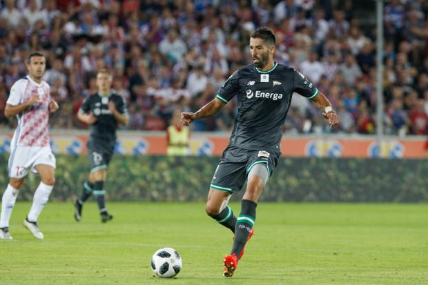Steven Vitoria rozegrał w barwach Lechii w polskiej ekstraklasie 23 mecze. W rundzie jesiennej obecnego sezonu powinien znacząco powiększyć ten dorobek. Do tego strzelił jedną bramkę i zaliczył tyle samo asyst.