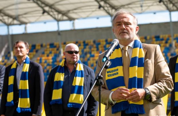 """Wojciech Szczurek, prezydent Gdyni zapewnia, że do projektu """"Wielka Arka"""" mogą przystąpić również inne kluby oraz deklaruje, że te, które pozostaną poza, współpracować będą z miastem na dotychczasowych zasadach."""
