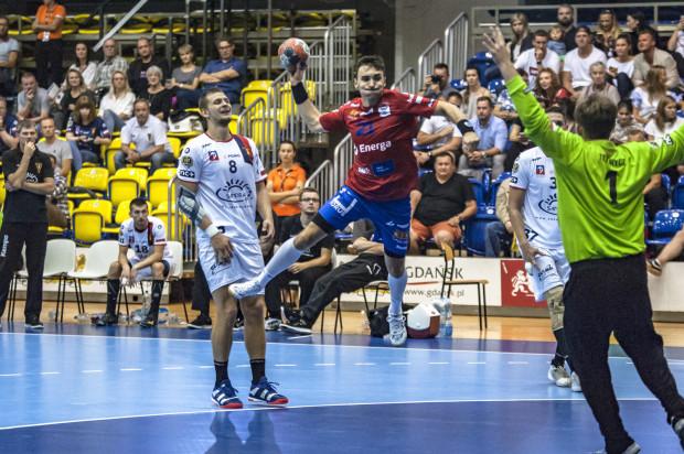 Wybrzeże rozpoczęło sezon od wygranej. Na zdjęciu Piotr Papaj.