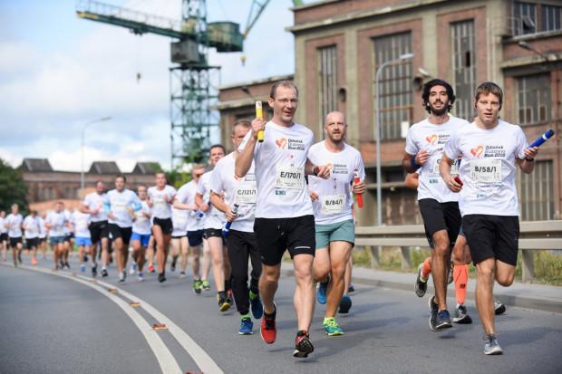 Sztafeta Business Run pobiegła w Gdańsku po raz trzeci. Na charytatywny cel zebrano ponad 110 tys. zł.