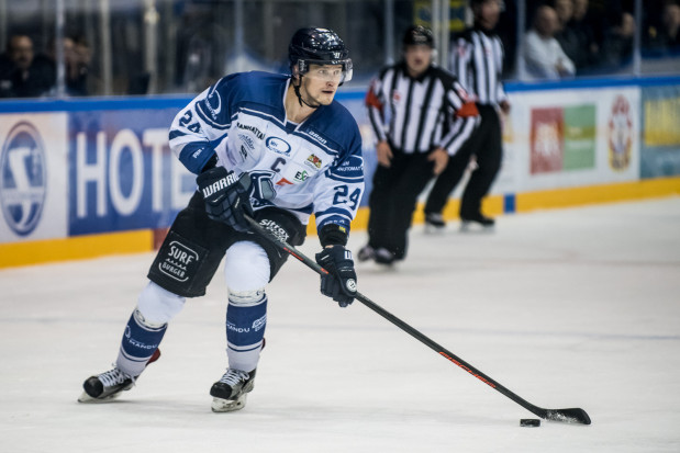 Jan Steber (na zdjęciu) wierzy, że trzecie podejście do walki o play-off Polskiej Hokej Ligi będzie udane dla gdańskiej drużyny.