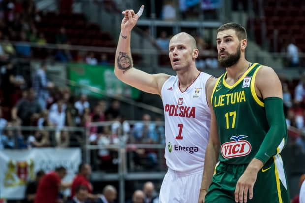 Maciej Lampe doznał kontuzji, która eliminuje go m.in. z meczu Polska - Chorwacja zaplanowanego na 17 września w Ergo Arenie.