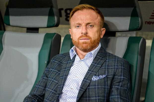 Piotr Stokowiec, utrzymał Lechię Gdańsk w ekstraklasie, a od dwóch kolejek przewodzi z nią w tabeli. Biało-zieloni zaliczyli 10 meczów ligowych bez porażki.