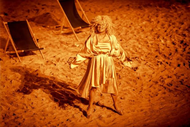 Brawurowy epizod pięknej Heleny ma Katarzyna Figura.