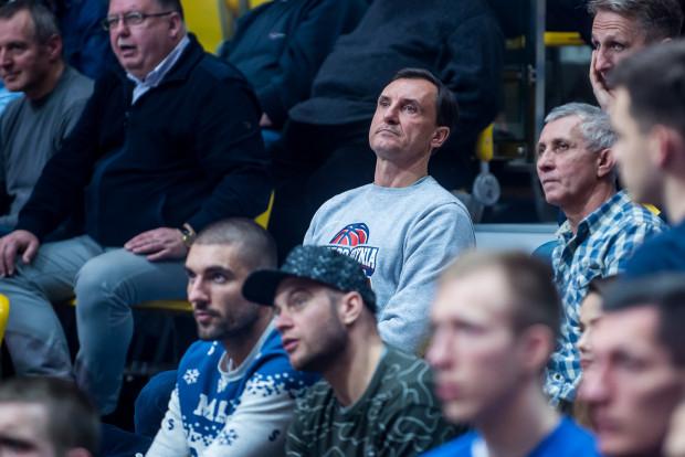 Przemysław Sęczkowski, prezes koszykarzy Arki Gdynia, z optymizmem patrzy w przyszłość dotyczącą rozgrywek krajowych i międzynarodowych pierwszej drużyny oraz rozwoju struktur szkolenia młodzieży.