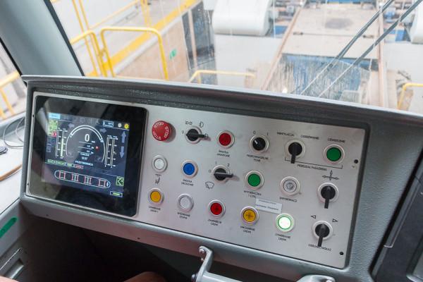 Zupełnie nowy panel motorniczego z dotykowym wyświetlaczem.