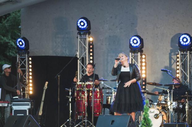 Katarzyna Skrzynecka utrzymywała kontakt z publicznością i wykazała się dużym dystansem do siebie.