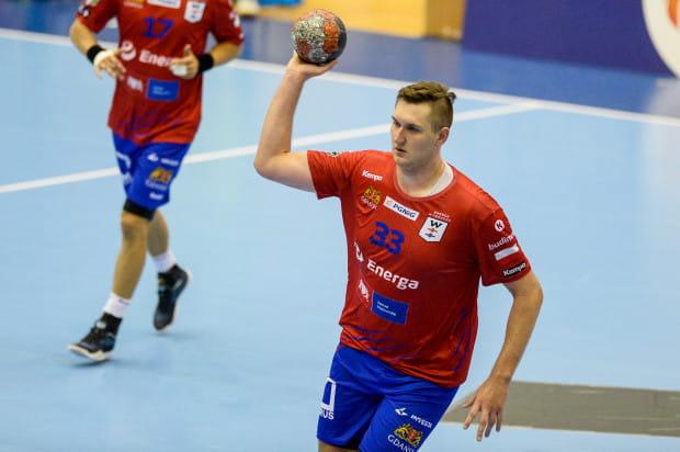Paweł Salacz rzucił dla Wybrzeża w Płocku sześć bramek.