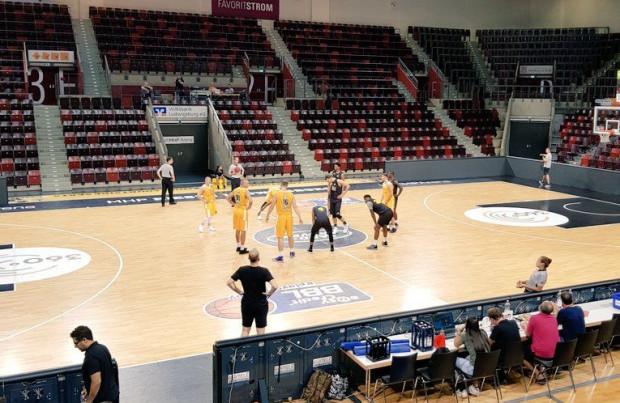 Koszykarze Arki mają za sobą dwa sparingi w Niemczech.