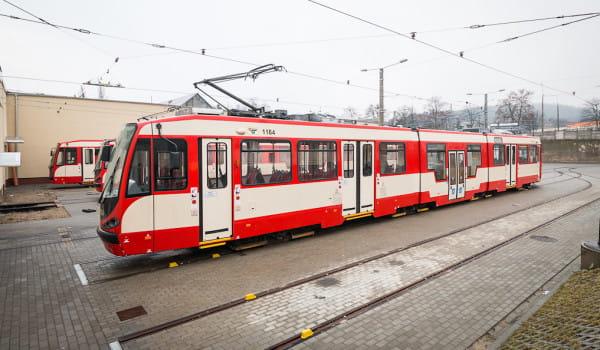 Tramwaj typu N8C po modernizacji w wielkopolskim Modertransie.