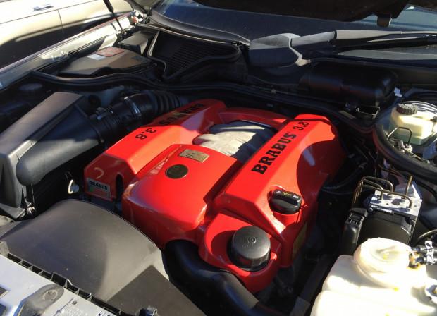 """Silnik Brabusa, który czeka na """"przekładkę"""" do klasycznego Mercedesa."""