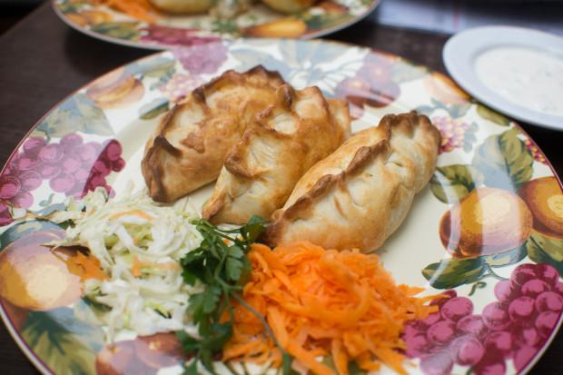 Familia Bistro specjalizuje się w kuchni wileńskiej.