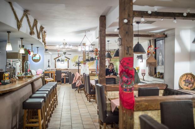 Pan Kotowski to spora restauracja z kuchnią ukraińską.